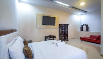 JM Hotel Kuta Lombok - Deluxe Room With Breakfast Regular Plan