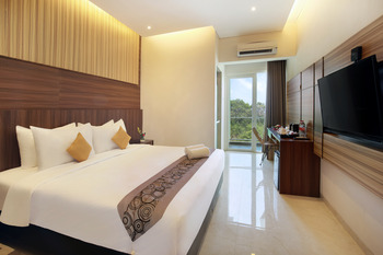 Royal Ocean View Beach Resort Karimunjawa Jepara - Deluxe Double or Twin Room With Garden View Minimum 3 Night Stay