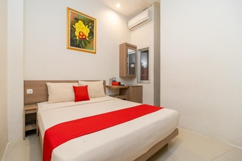 Hotel Domino Palembang - Superior Double Room Only MIN.  STAY