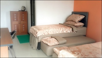 Mj's Guesthouse Dog Lovers Bandung - Standard Room 5 Pet Friendly Non Smoking Regular Plan
