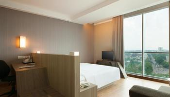 Hotel Santika Radial Palembang - Premiere Room King Offer   Regular Plan