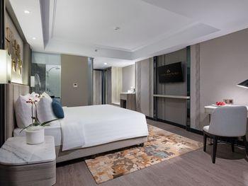 Royal Malioboro by ASTON Yogyakarta - Malioboro Suite Regular Plan