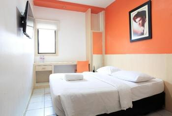 Sabrina Paninsula Hotel Pekanbaru - DELUXE Room Regular Plan