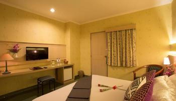 Classic Hotel Jakarta - Standard  Room Only Regular Plan