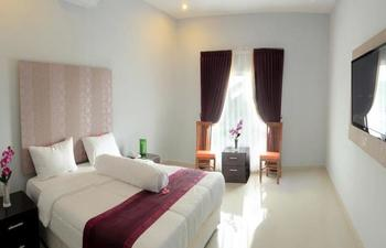 Grand Inn Hotel Lombok - Deluxe Room Regular Plan