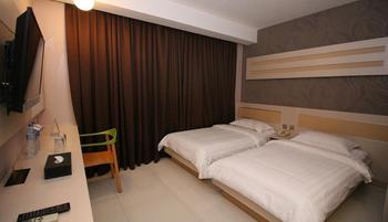 Classie Hotel Palembang - Superior Room with Breakfast Regular Plan