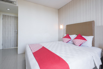 OYO 466 Gahara Hotel Makassar - Standard Double Room Regular Plan