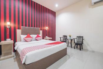 OYO 466 Gahara Hotel Makassar - suite double Room Regular Plan
