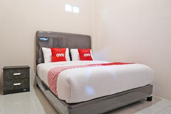 OYO 2192 Hotel D'ostha Residence Syariah Bukittinggi - Standard Double Room Early Bird Deal