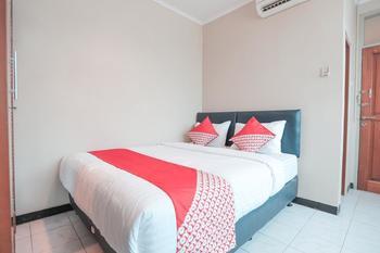 OYO 117 Blueberry Homestay Jakarta - Standard Room Only Last