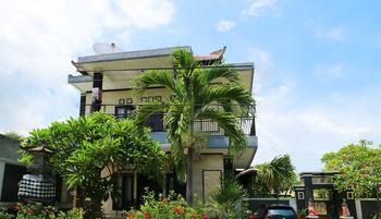 GM Hotel Lovina