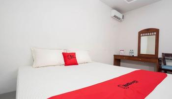 RedDoorz @Panglima Sudirman Surabaya - RedDoorz Room with Breakfast Regular Plan