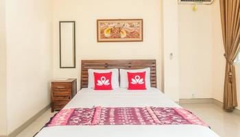 ZenRooms Sanur Bypass Ngurah Rai 2 - Double Room (Room Only) Regular Plan