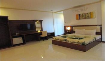 Family Beach Hotel Lombok - Standard Garden View Wonderful Sale