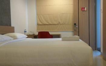 Citismart Hotel Cikarang Bekasi - Deluxe Room Regular Plan