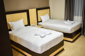 Riad Hotel Bukittinggi - Deluxe Room Regular Plan