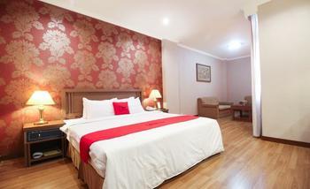 RedDoorz Premium @ Slamet Riyadi 2 Solo - Suite Room LM 2