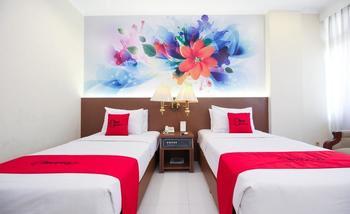 RedDoorz Premium @ Slamet Riyadi 2 Solo - RedDoorz Twin Room LM 2