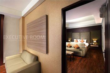 Crystal Lotus Hotel Yogyakarta - Executive Suite Regular Plan