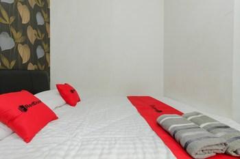 RedDoorz @ Taman Bendungan Asahan Jakarta - RedDoorz Room Regular Plan
