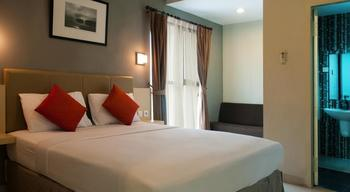 Hotel Antara Jakarta - Deluxe Room With Breakfast Regular Plan