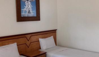 Bromo View Hotel Probolinggo - Suite Twin Room Regular Plan