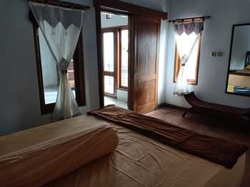 Ndalem Mbah Mantri Homestay Yogyakarta - House 4 Bedrooms Regular Plan