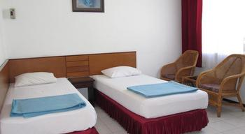Hotel Tosari Malang - Twin AC Room Regular Plan