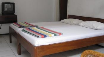 Hotel Tosari Malang - Standard Twin Room Regular Plan