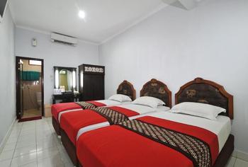 Hotel Batik Yogyakarta - Family Room with Breakfast Regular Plan