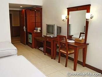Karlita Hotel Tegal - Standard Room (Non Smoking) Regular Plan