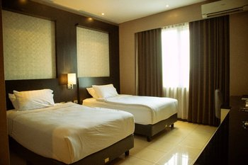 Karlita Hotel Tegal Tegal - New Superior Twin (Non Smoking) Promo Stay Hepi
