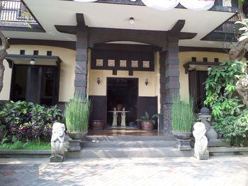 De Clove Guest House