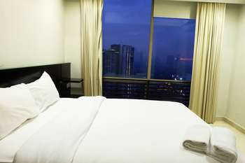 3 Bedrooms Luxury Sudirman Mansion Apartment by Travelio