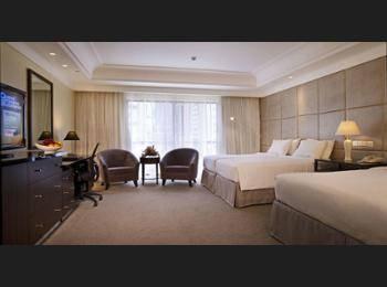 York Hotel Singapore - Premier Quadruple Room Regular Plan