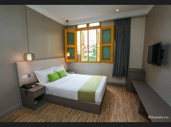 Champion Hotel Singapore - Deluxe Double Room (With Windows) Diskon 30%