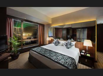 Peninsula Excelsior Hotel Singapore - Premier Club Room Regular Plan