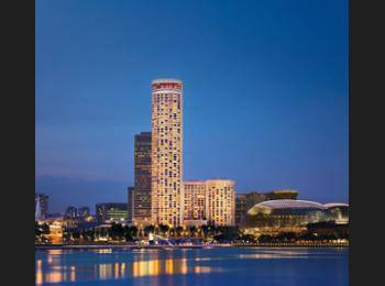 Swissotel The Stamford Singapore - Swiss Signature Room Regular Plan