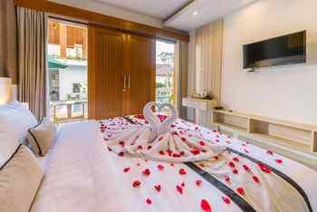 Mahesa Home Seminyak Bali - Deluxe King Room Regular Plan