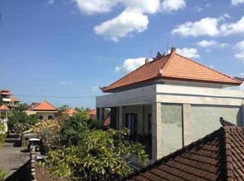 Kubu Andrey Rooms and Villas Managed by Tinggal