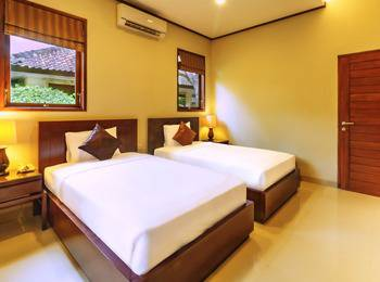 Yulia Beach Inn Bali - Deluxe Room Only Promo Special 45%