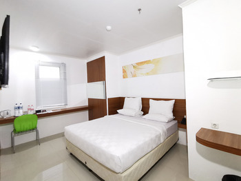 Heavenly Land Hotel Palembang Palembang - Deluxe King Room Only HEAVENLY HAPPY - HAPPY