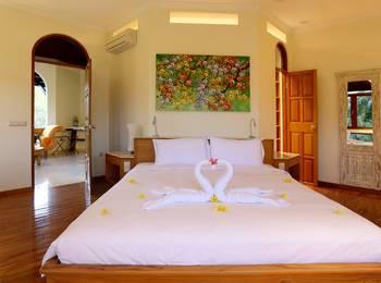 Urbanest Inn Villa Seminyak - 1 Bedroom Villa Basic Deal