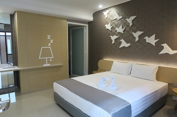 Nomaden Urban Stay Semarang - Premium Double Regular Plan