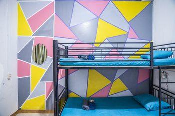 Simplycity Hostel Syariah Bandung Bandung - Quad Family Room - Kamar Mandi di Luar Regular Plan