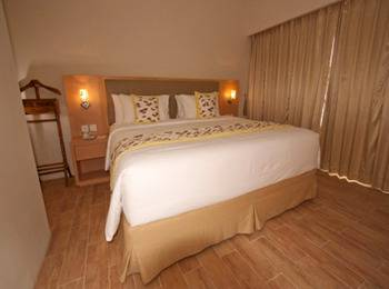 STAR Hotel Semarang - Superior Queen - Room Only Regular Plan