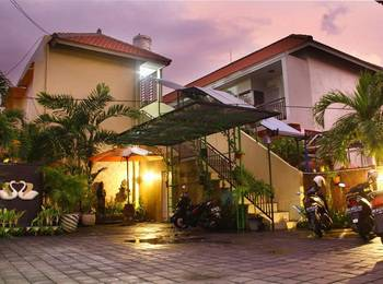 D'lumbung Suite and Residence