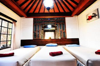 Hotel Prawita Bali - Triple Room Only Basic Deal