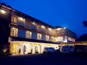Selabintana resort sukabumi booking murah mulai 0 for Balcony hotel sukabumi