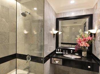 Hotel Grand Aquila Bandung - Superior Deluxe Room Twin Bed Regular Plan